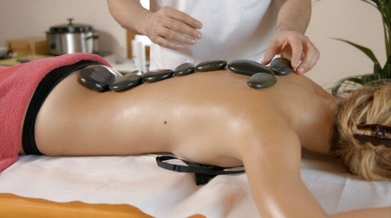corso-massaggio-HotStone_800x447